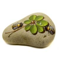 Pedra Pintada Abelha e Folhagem